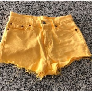 Yellow Levi's Jeans Shorts